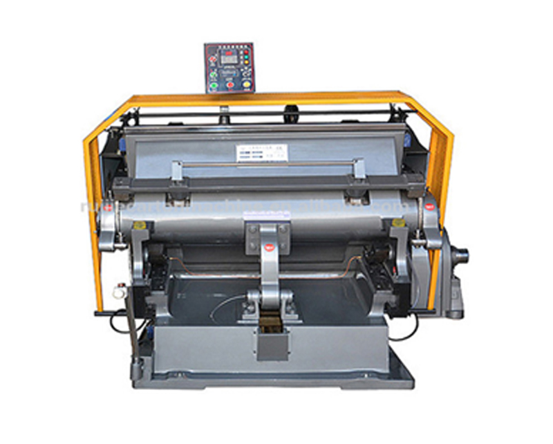 Manual die-cutting and creasing machine