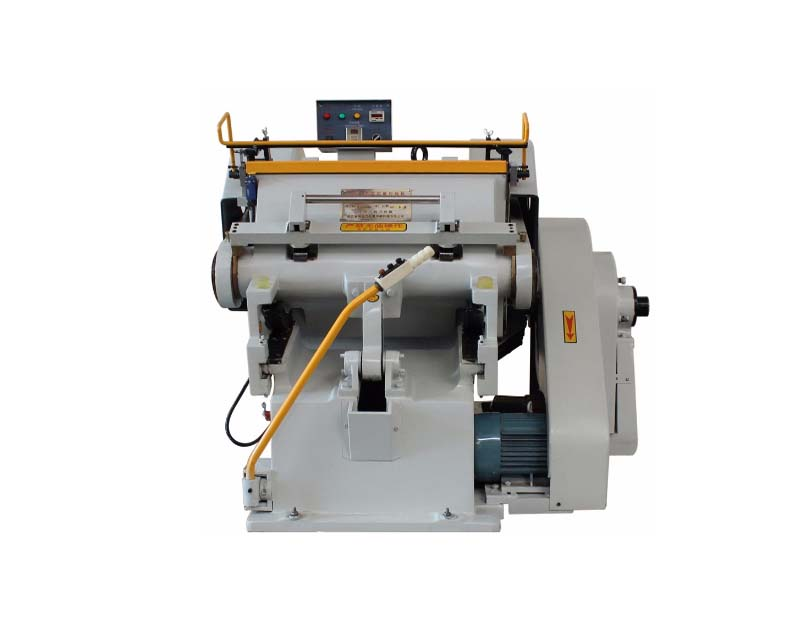 Manual Die Cutting and Creasing Machine